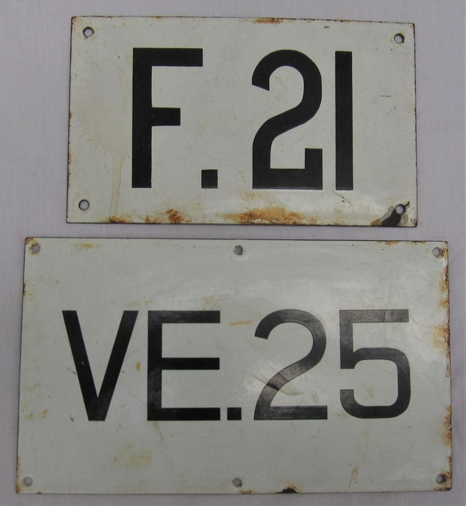 2 X Enamel Signal Identification Plates. F.21 And