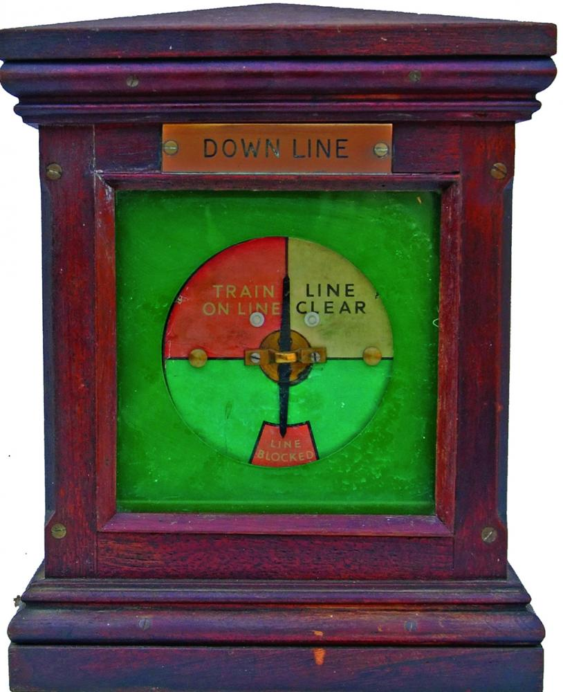 LNER Wooden Cased Single Block Instrument With