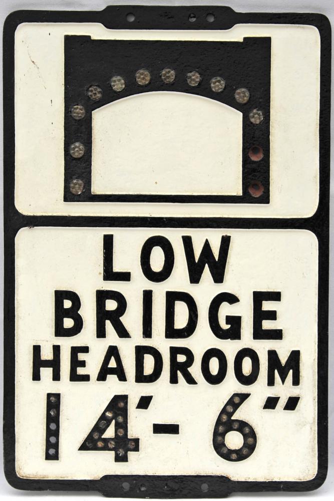 Cast Iron Road Sign 'Low Bridge Headroom 14' - 6'