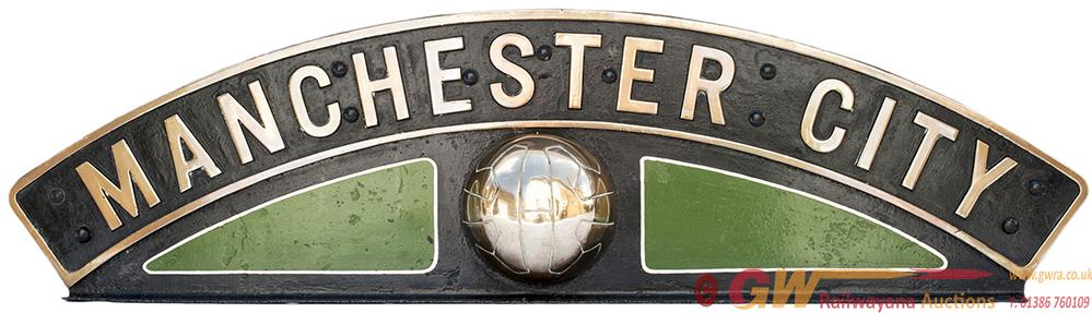 Nameplate MANCHESTER CITY Ex GRESLEY b17 4-6-0 And