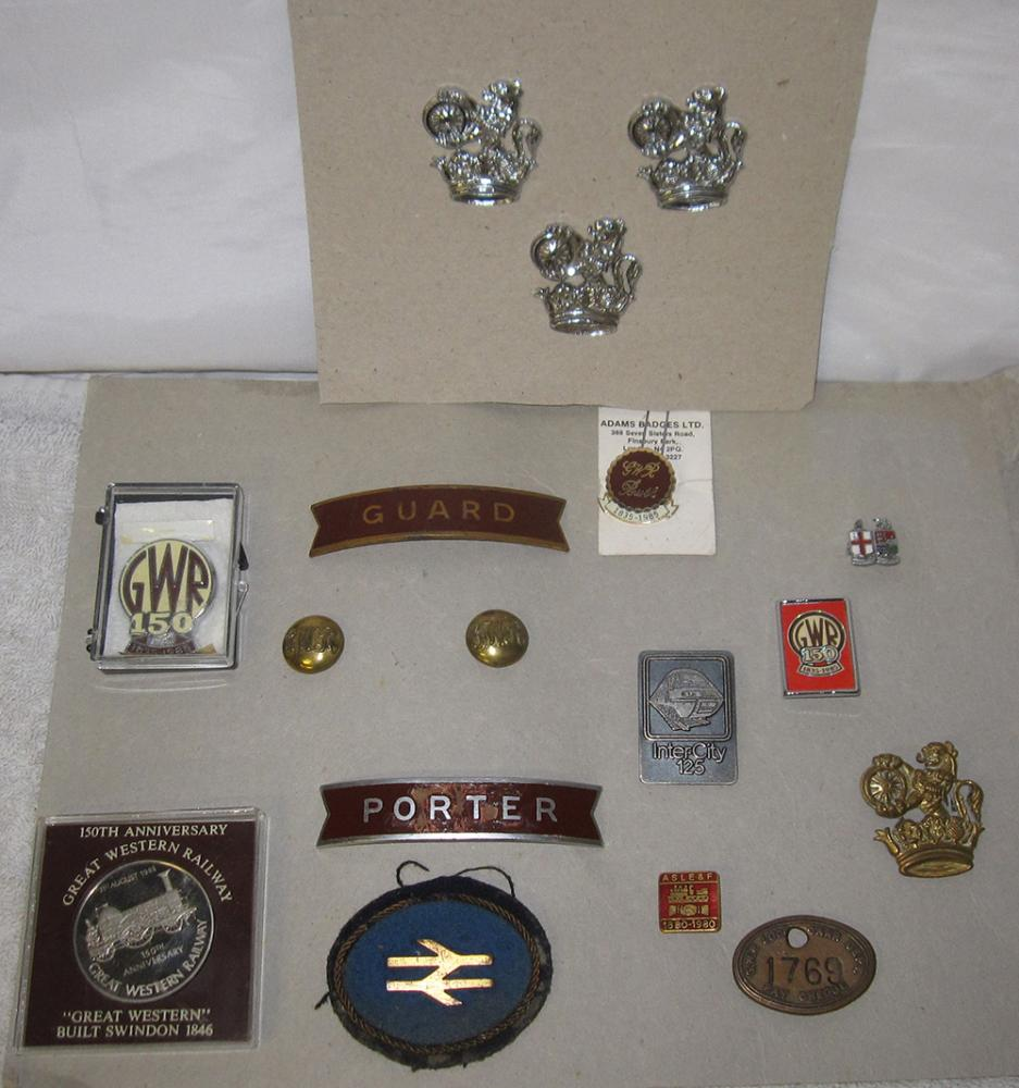 A Lot Containing A Quantity Of Badges To Include 4