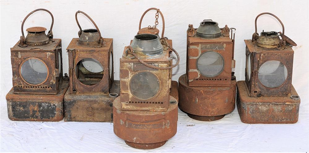 A Lot Containing 6 X LNER And BR (E) Signal Lamp