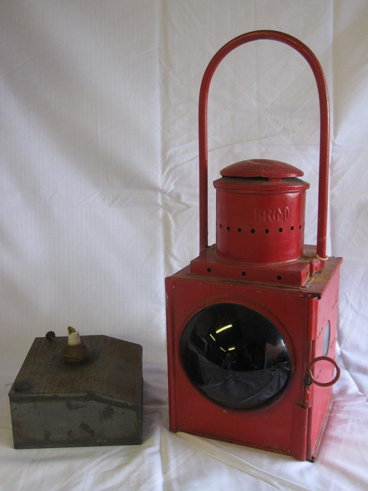 1 BR(M) Early Pattern Tail Lamp Complete With LMS