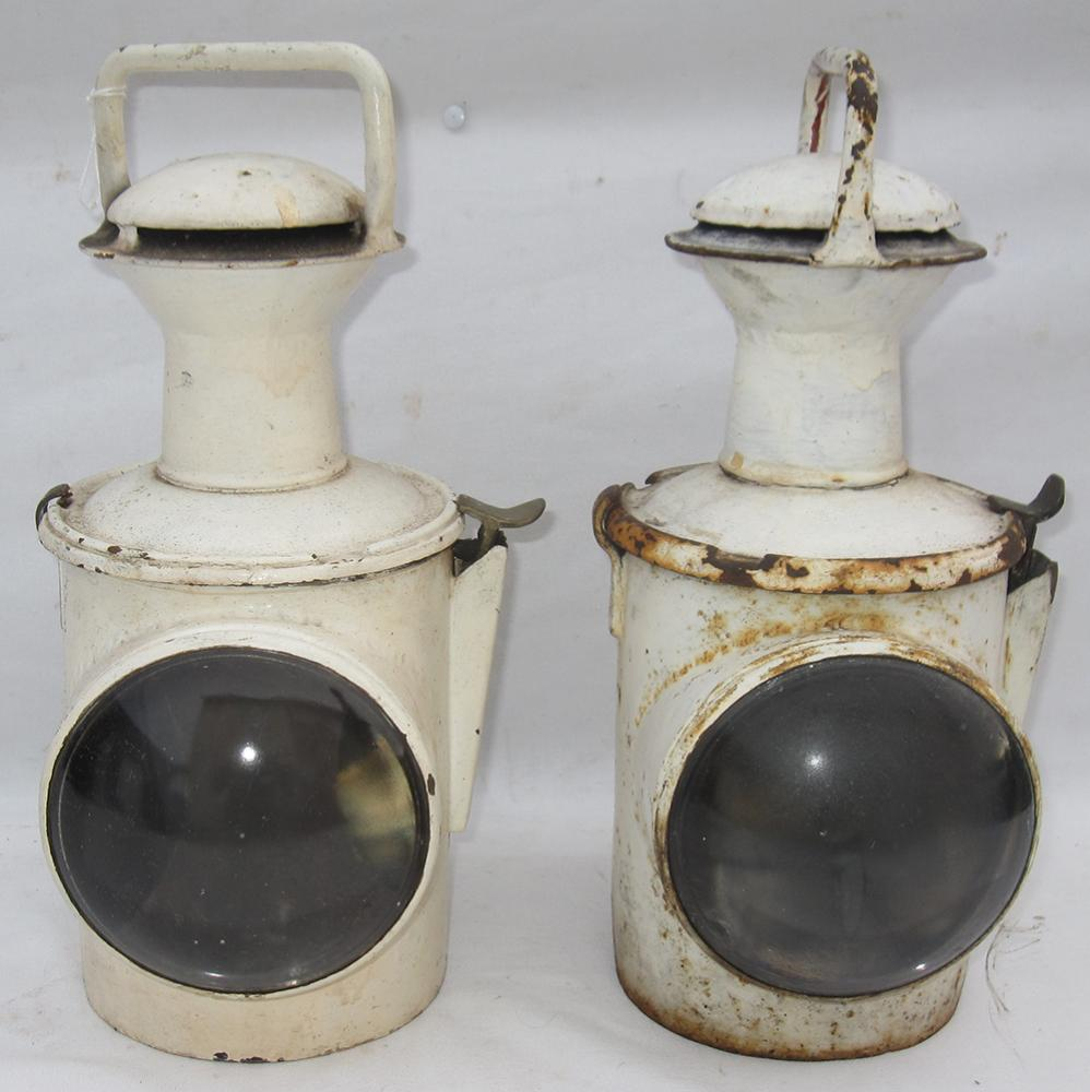 2 SR Train Head Lamps Complete With Internal