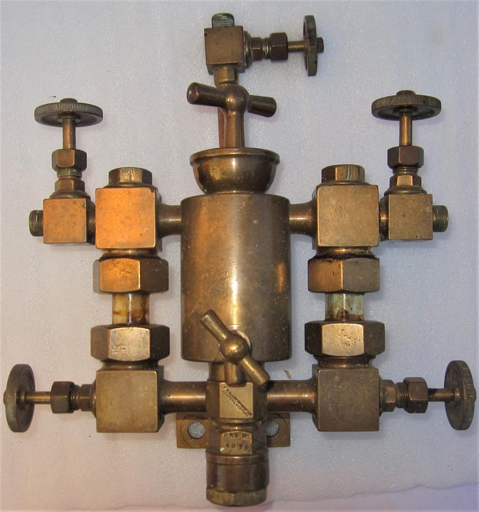 Brass Lubricating Sight Glass Manifold Possibly Of
