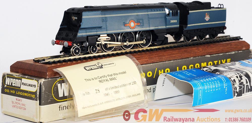 Wrenn 00 Gauge Model Locomotive In Original Box,