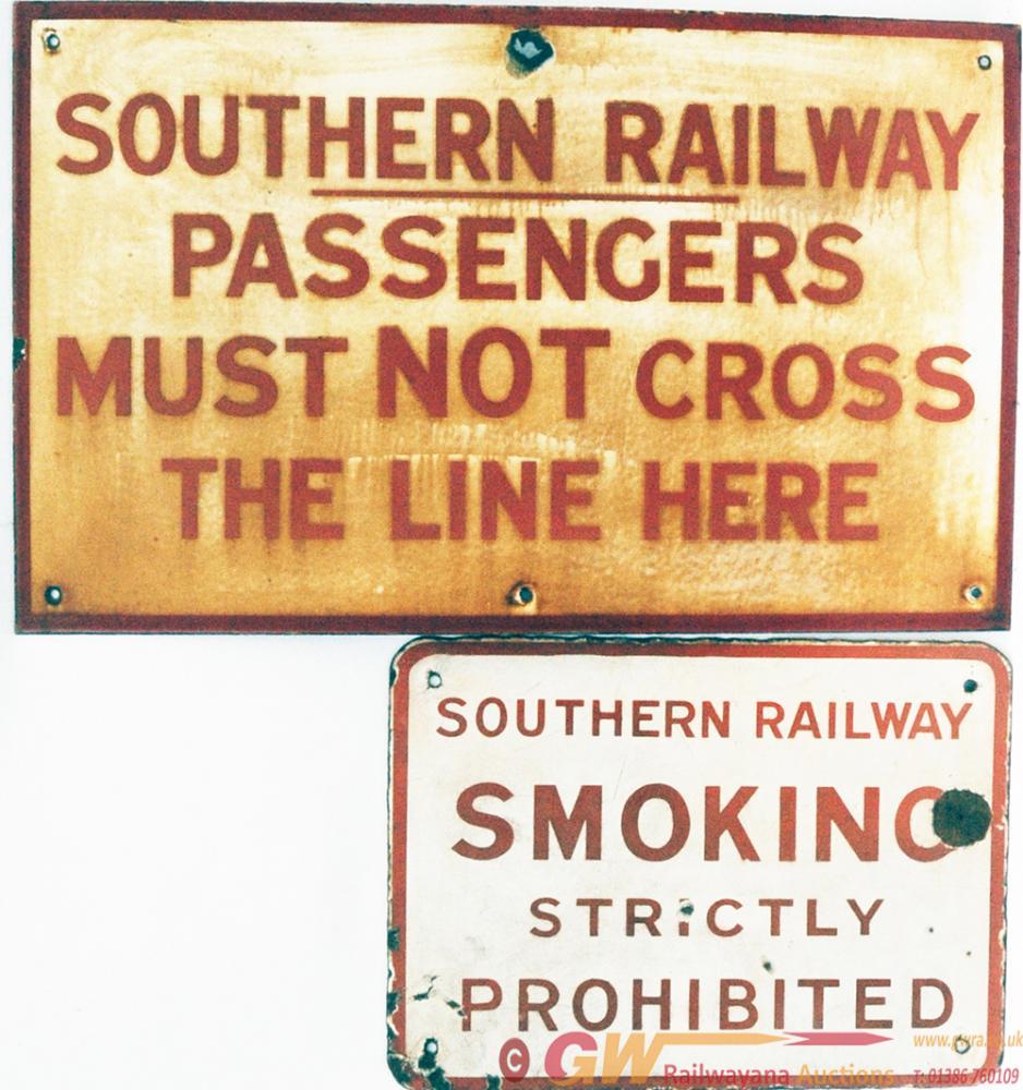 SR Enamel Sign 'Passengers Must Not Cross The Line