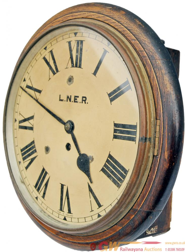 LNER 12 Clock Numbered 17251 On A Small Plate On