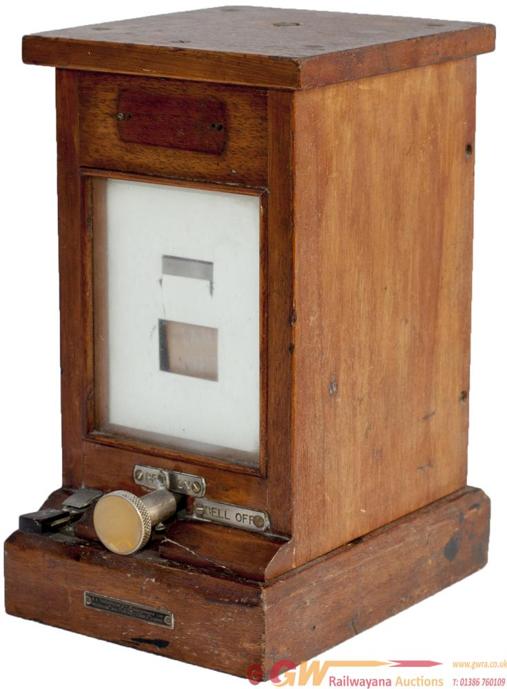 GWR Mahogany Cased Lamp Repeater With Bell On/Off