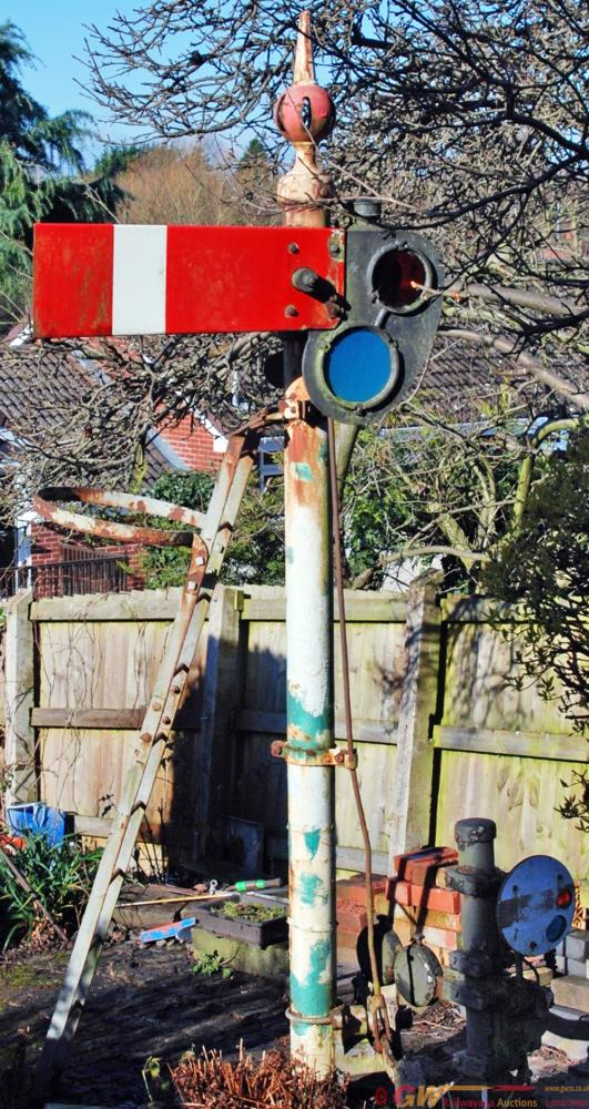 GWR/BR Complete Home Signal Including Post,