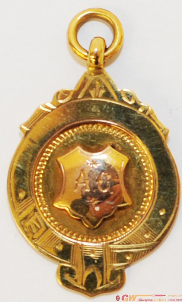 LNER 9ct Gold FC Medal PHH Champions 1930/31 With
