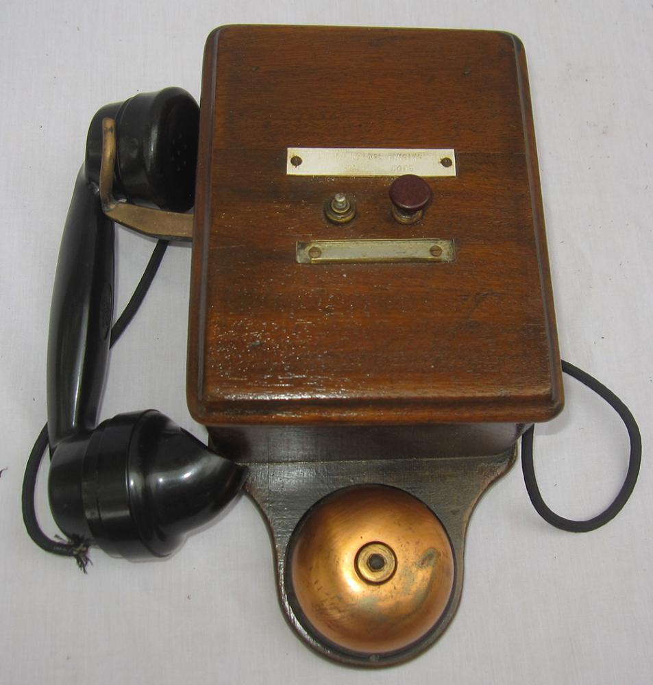 Signal Box Telephone. Missing Red Special Button