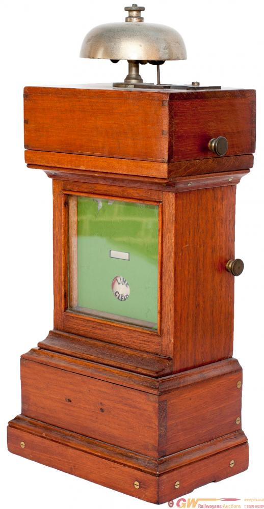 GWR Single Line Crossing Keepers Mahogany Cased