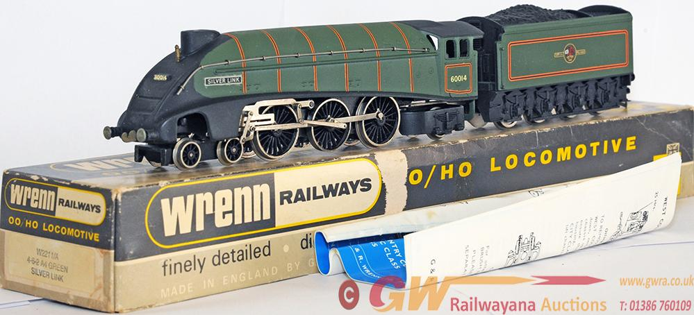 Wrenn 00 Gauge Model Locomotive w2211/A Gresley a4