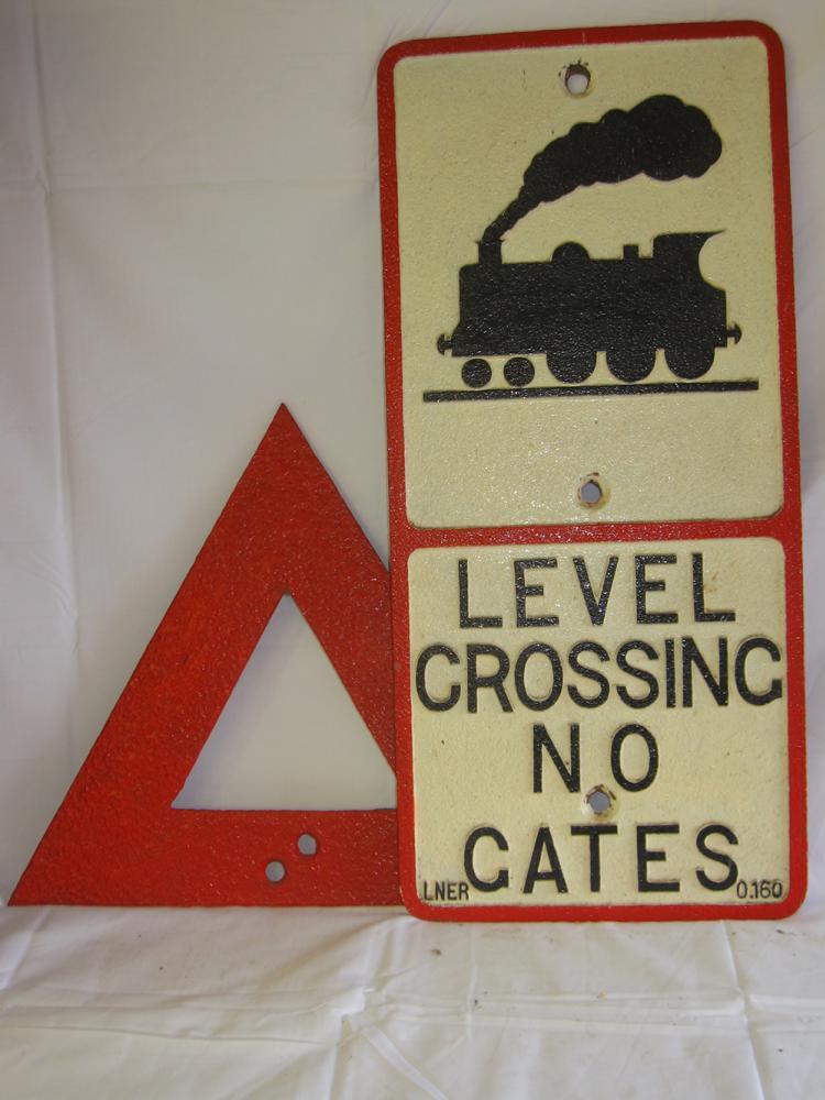 Cast Iron LNER Road Sign LEVEL CROSSING NO GATES