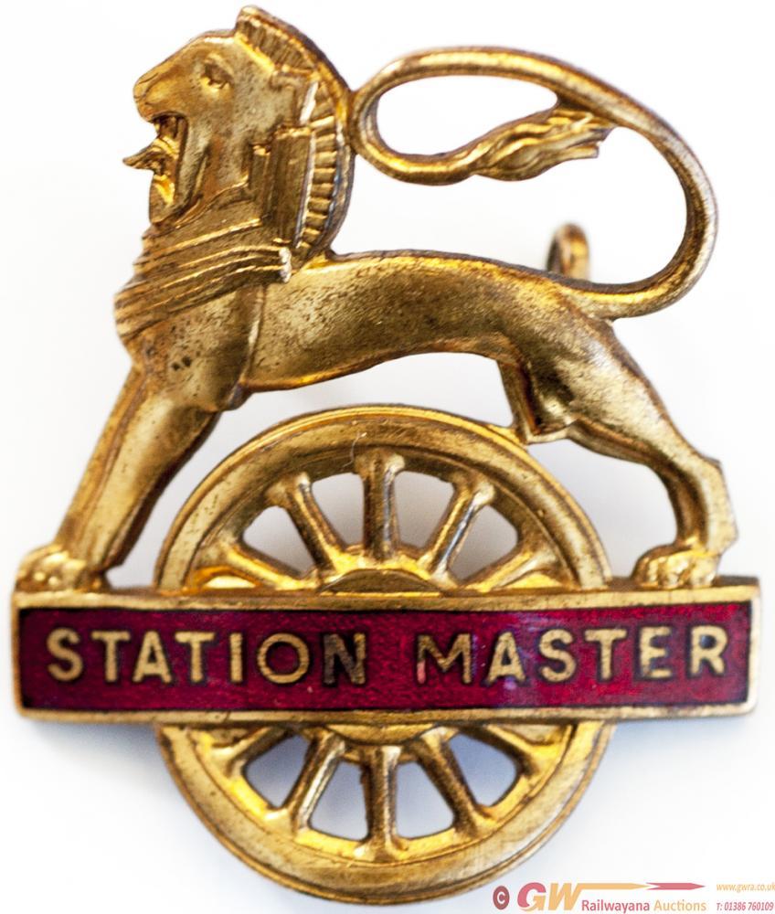 MR(M) Lion Over Wheel STATION MASTER Cap Badge. In