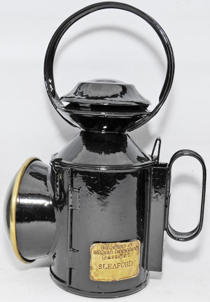 LNER Saucer-Top Handlamp With Brass Plate ' London