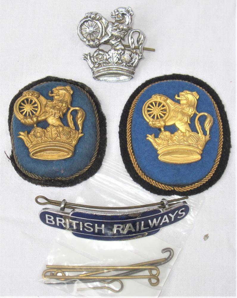 4 X BR(E) Cap Badges. 2 X Cloth Senior Grade Cap