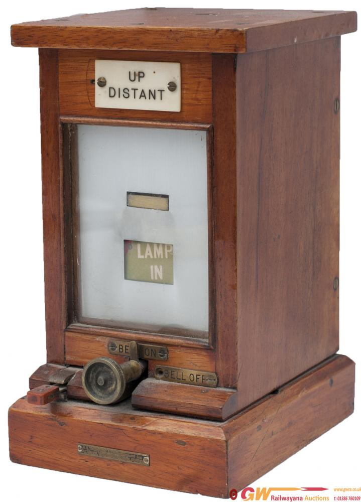 GWR Mahogany Cased Lamp In/Out Repeater With