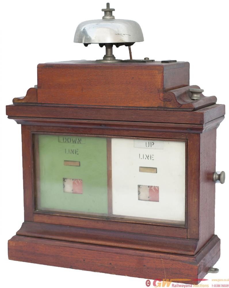 GWR Double Line Crossing Keepers Mahogany Cased