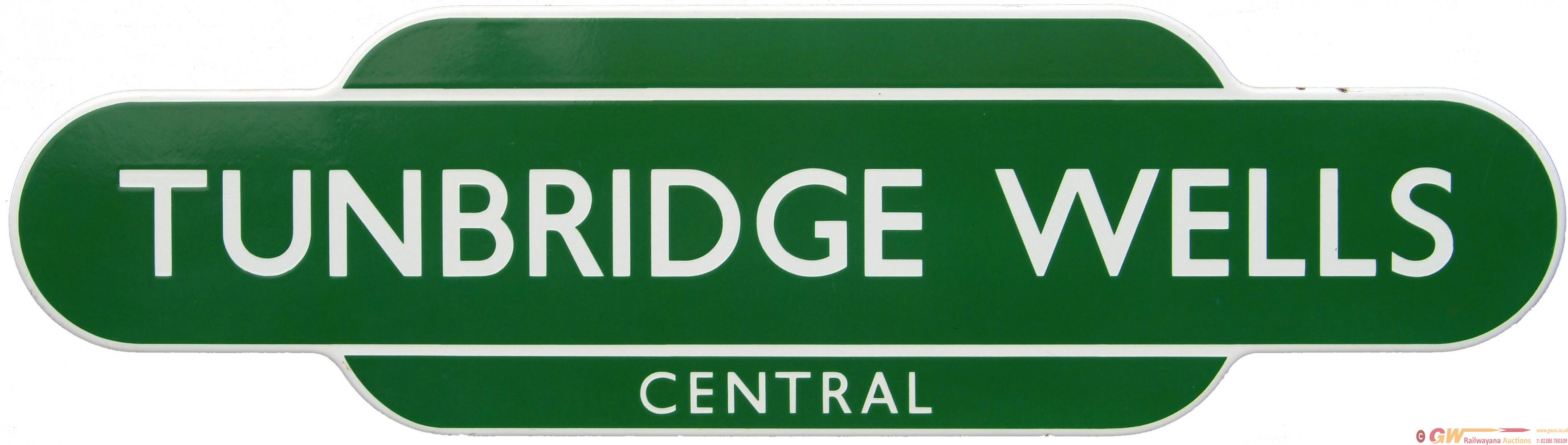 Totem, BR(S) TUNBRIDGE WELLS CENTRAL, F/F, Light