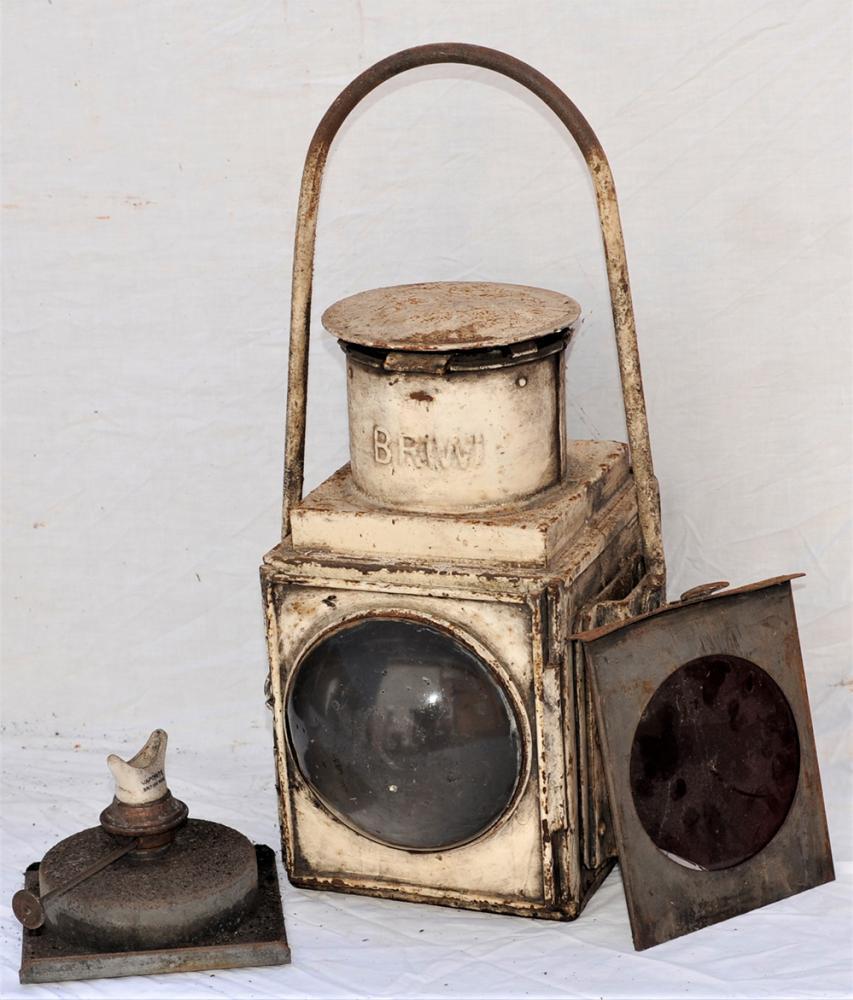 BR(W) Locomotive Head Lamp In Good Ex Loco