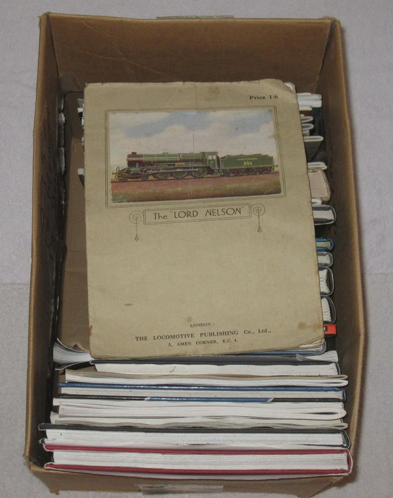 Lot Containing Over 20 Different Railway Related