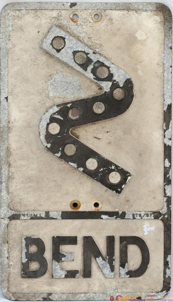 Road Motoring Sign Z BEND. Cast Aluminium Complete