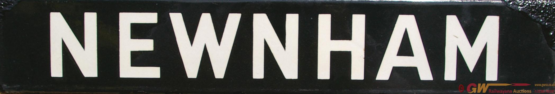 GWR Enamel Lamp Tablet NEWNHAM, White Lettering On