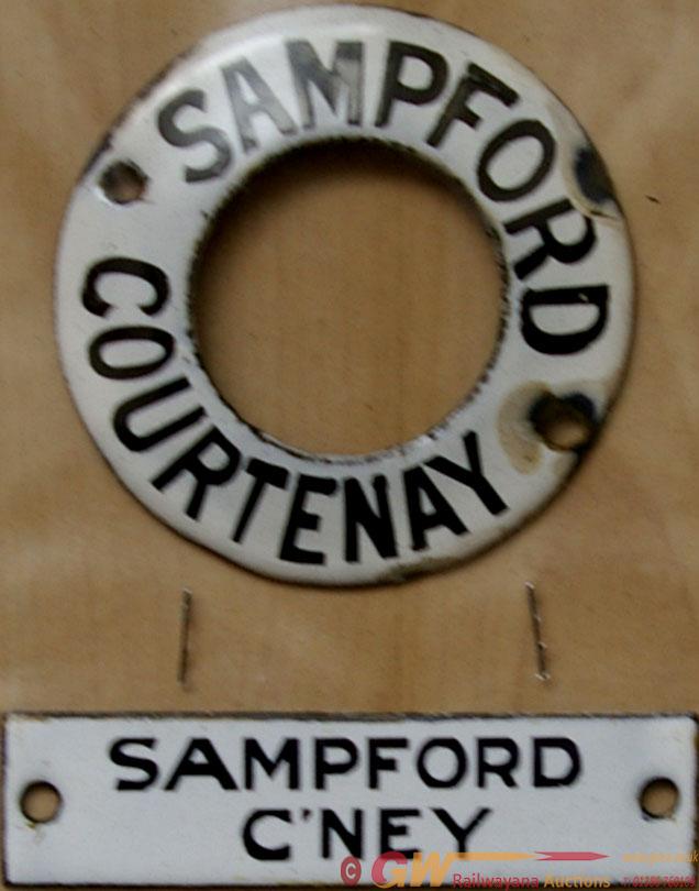Southern Railway Enamel Bell Push Ring SAMPFORD