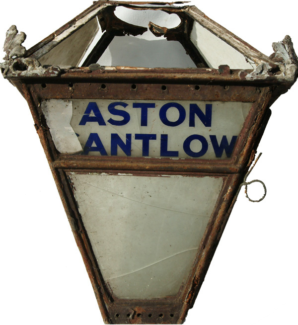 GWR Early Platform Lamp With Original Glass Lamp