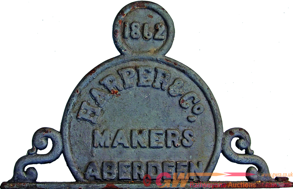 Bridge Makers C/I Plate Of Upright, Circular