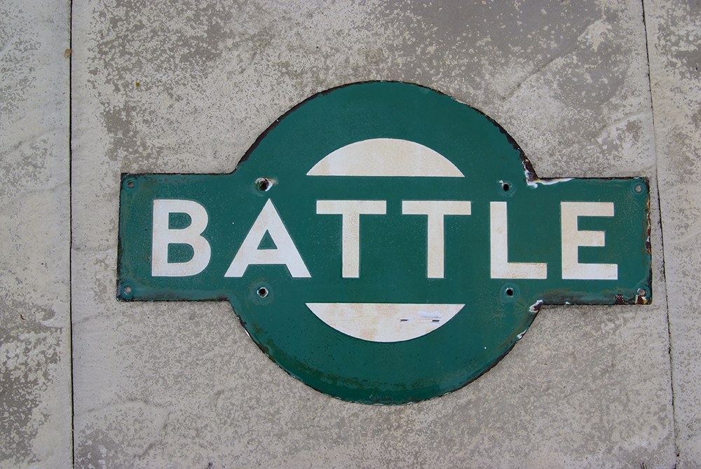 Southern Railway Enamel Target Sign BATTLE. Ex