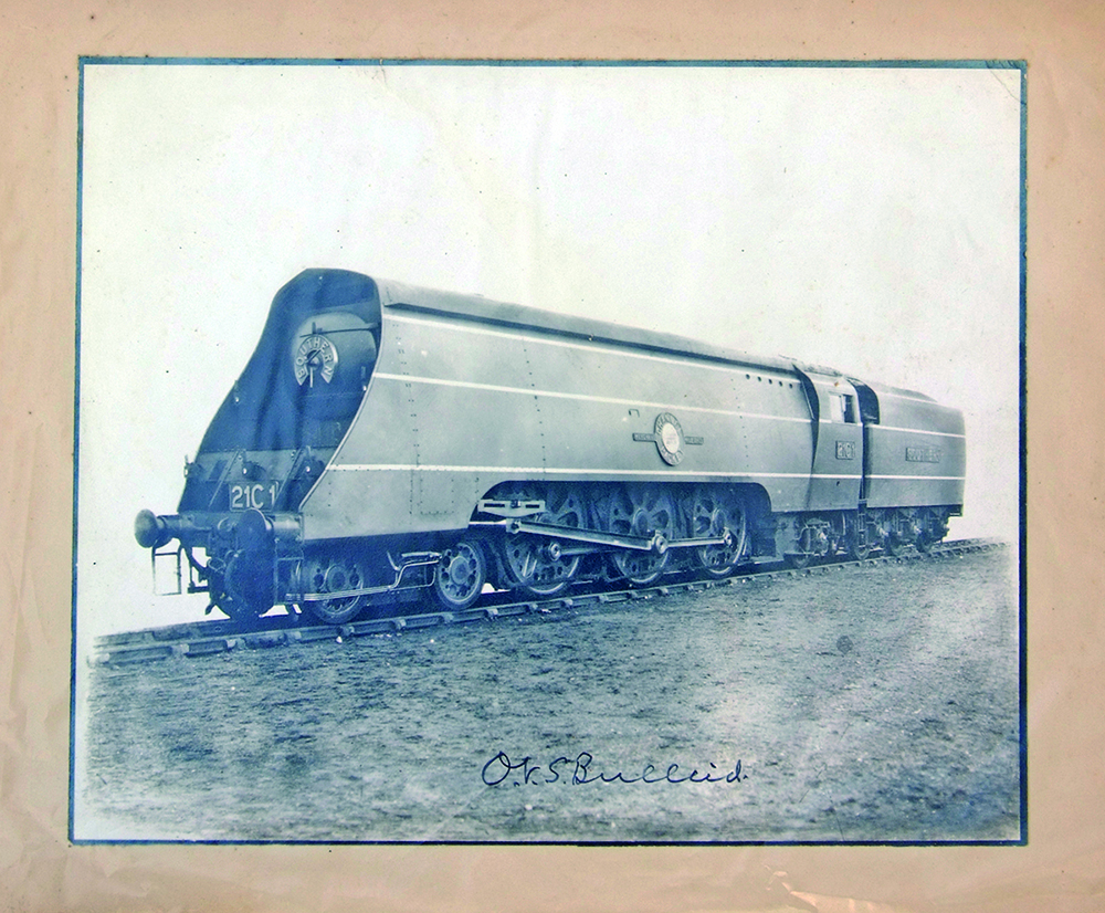 Southern Railway Official Photograph Of Merchant