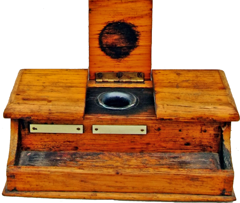 GWR Wooden Inkwell Plinth With Three Hinged Lids,