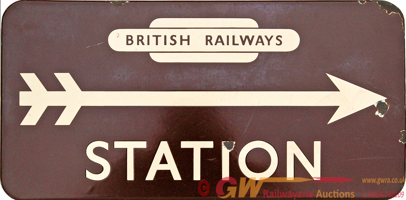 BR(W) Enamel Station Direction Sign With Right