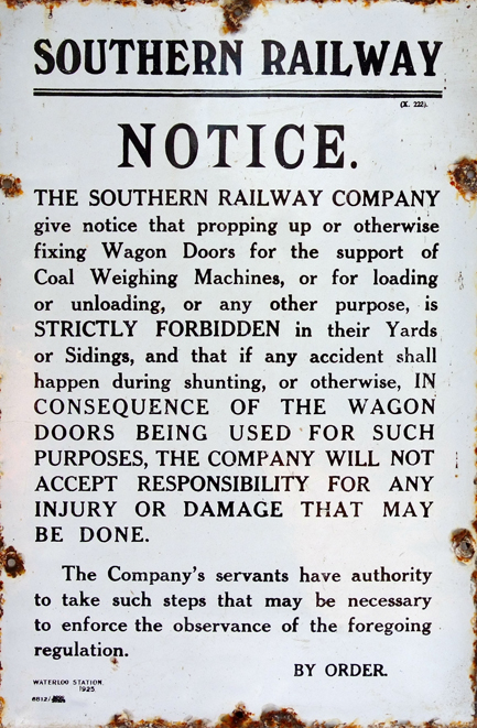Southern Railway Enamel Propping Up Wagon Doors