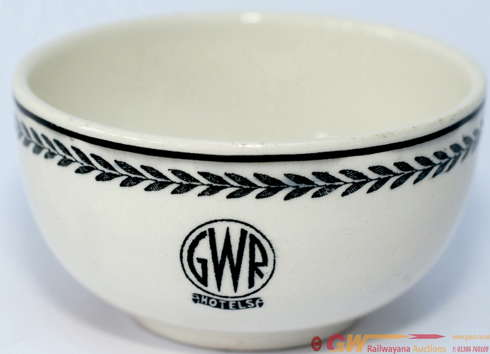 GWR Black Leaf Pattern China Finger Bowl, Base