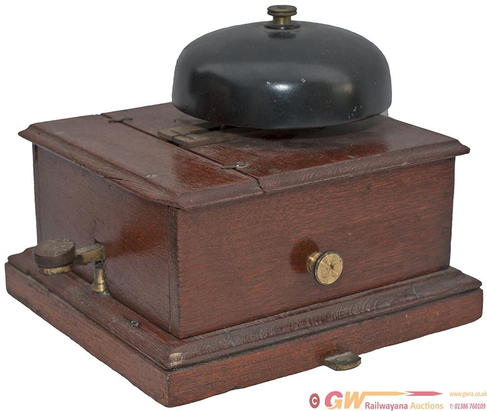 GNR Mahogany Cased Split Case Block Bell With