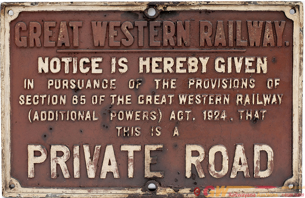 GWR Cast Iron PRIVATE ROAD Sign. Measures 25in X