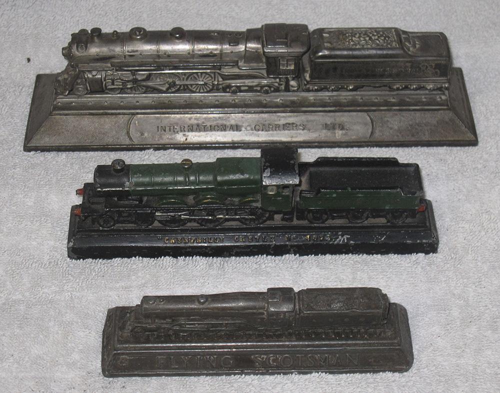3 Locomotive Paperweights. Flying Scotsman.