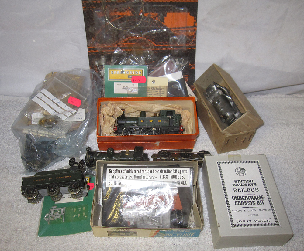 A Lot Containing MODEL MAKING EQIPMENT. GWR Locos