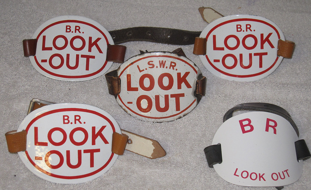 A Lot Containing 1 X LSWR Look Out Armband