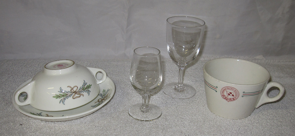 5 Items Of Railway Tableware. Canadian Pacific