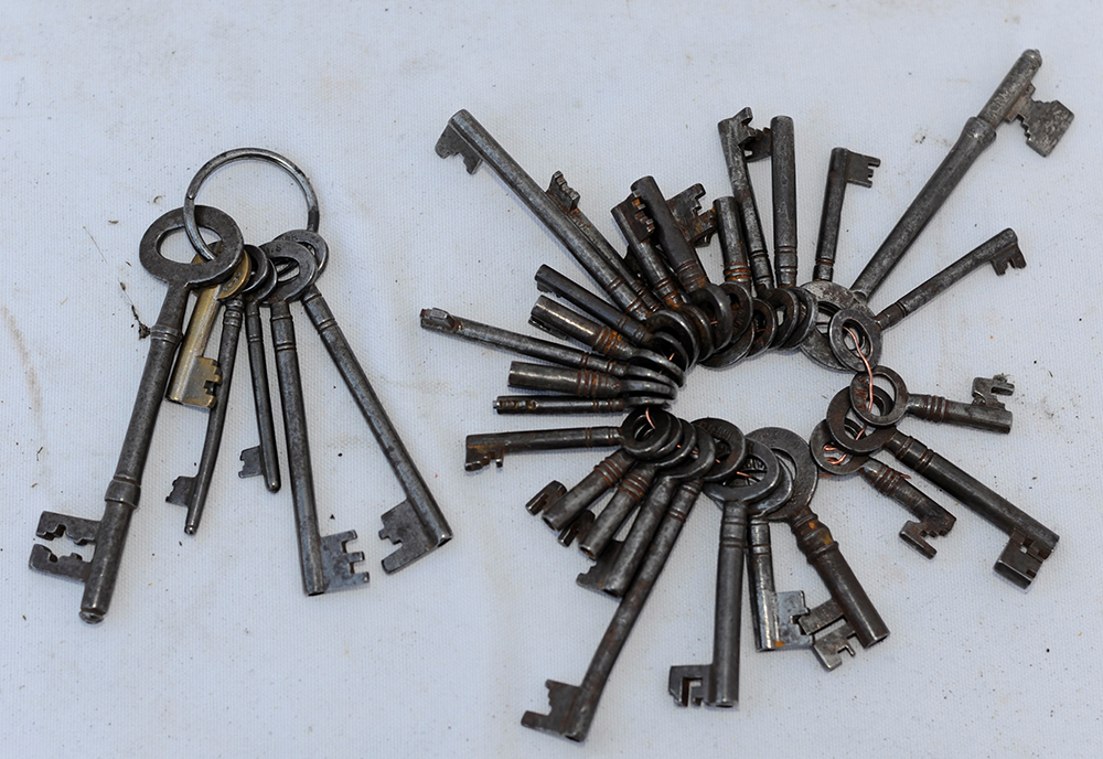 32 RAILWAY OFFICE KEYS All Marked With Railway