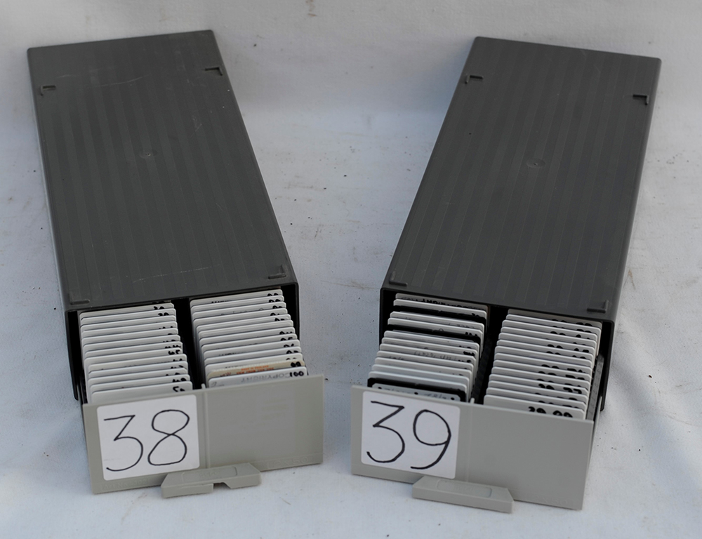 A Lot Containing 200 Slide Photos Of Both Diesel