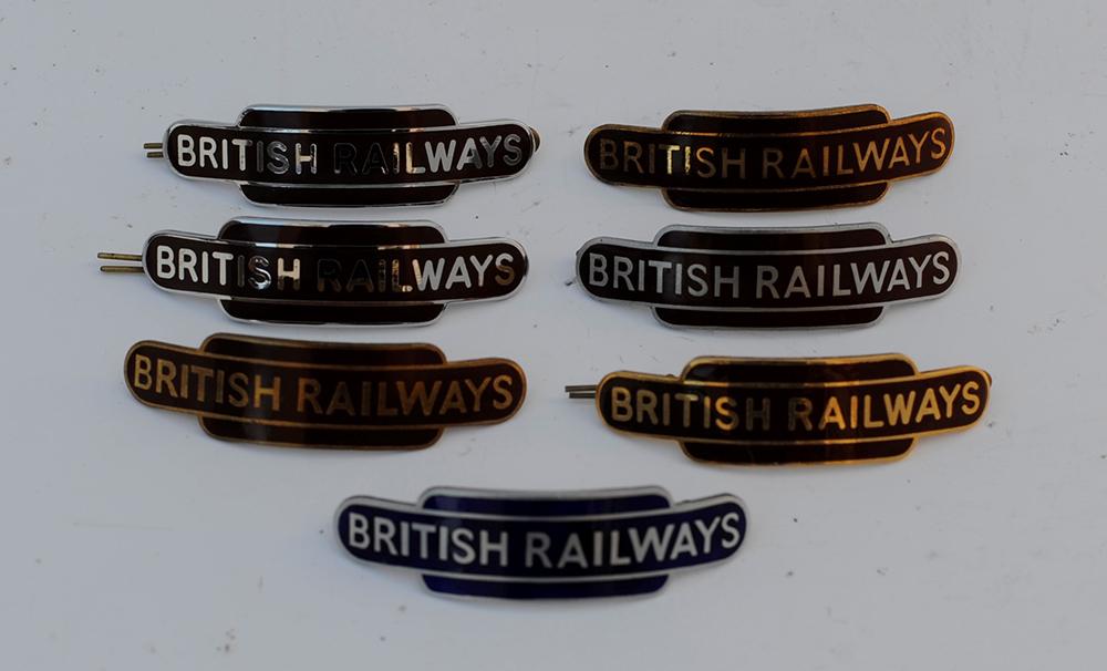 7 BR Totem Cap Badges British Railways 6 X BR(W)