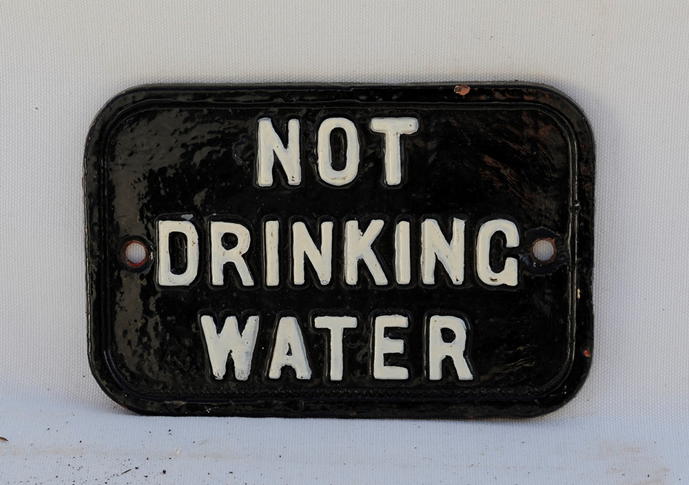 A GWR Cast Iron Sign. NOT DRINKING WATER.