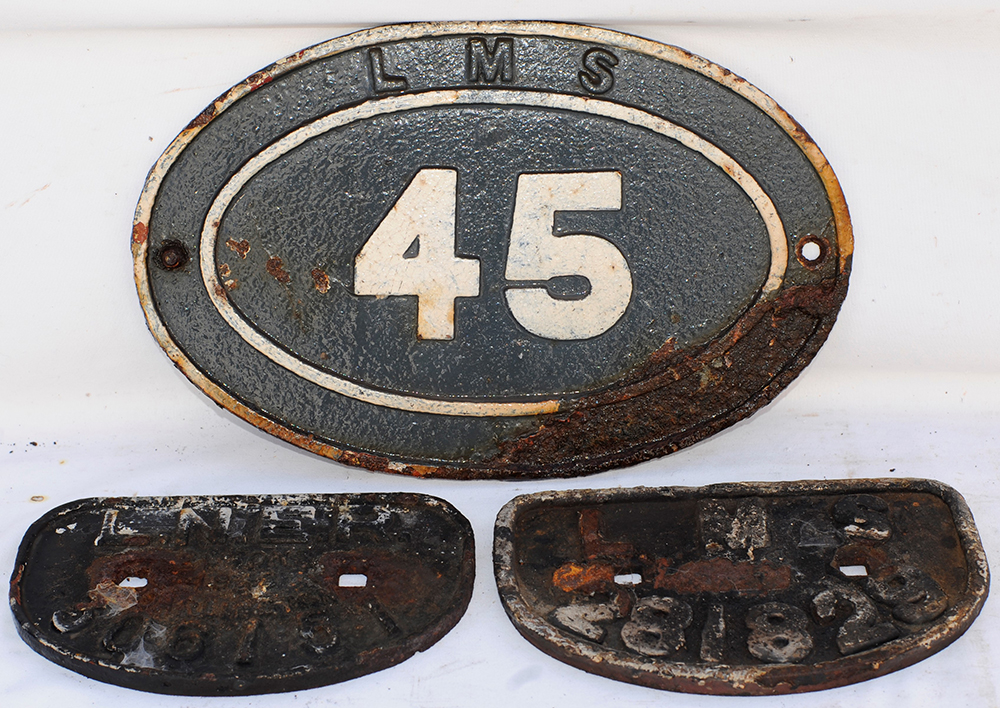 2 X Wagon D Plates. LNER 306151 And LMS 281829