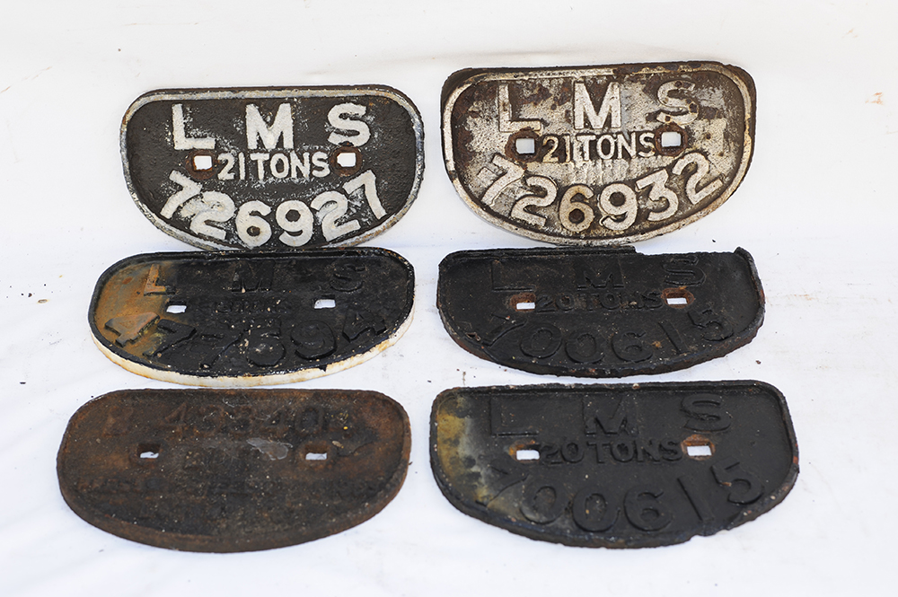 6 X Wagon D Plates. 5 X LMS And 1 X B 433404. All
